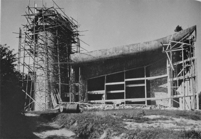 _Le-Corbusier-Notre-Dame-du-Haut-02-a10studio-architecture
