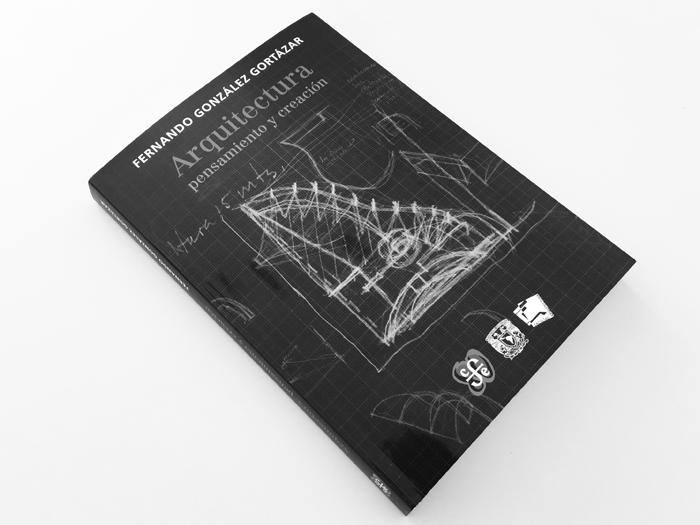 GonzalesGortazar_a10studio_architecture_Cabo_book_04